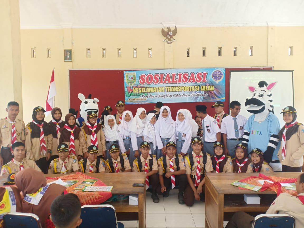 Sosialisasi Keselamatan Lalu Lintas Angkutan Jalan Dinas Perhubungan Kabupaten Kebumen Bersama Polres Kebumen